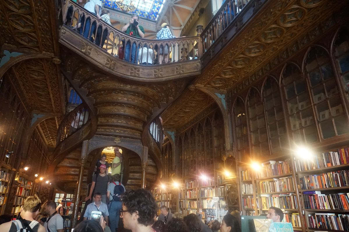 famous bookstore in porto from harry potter