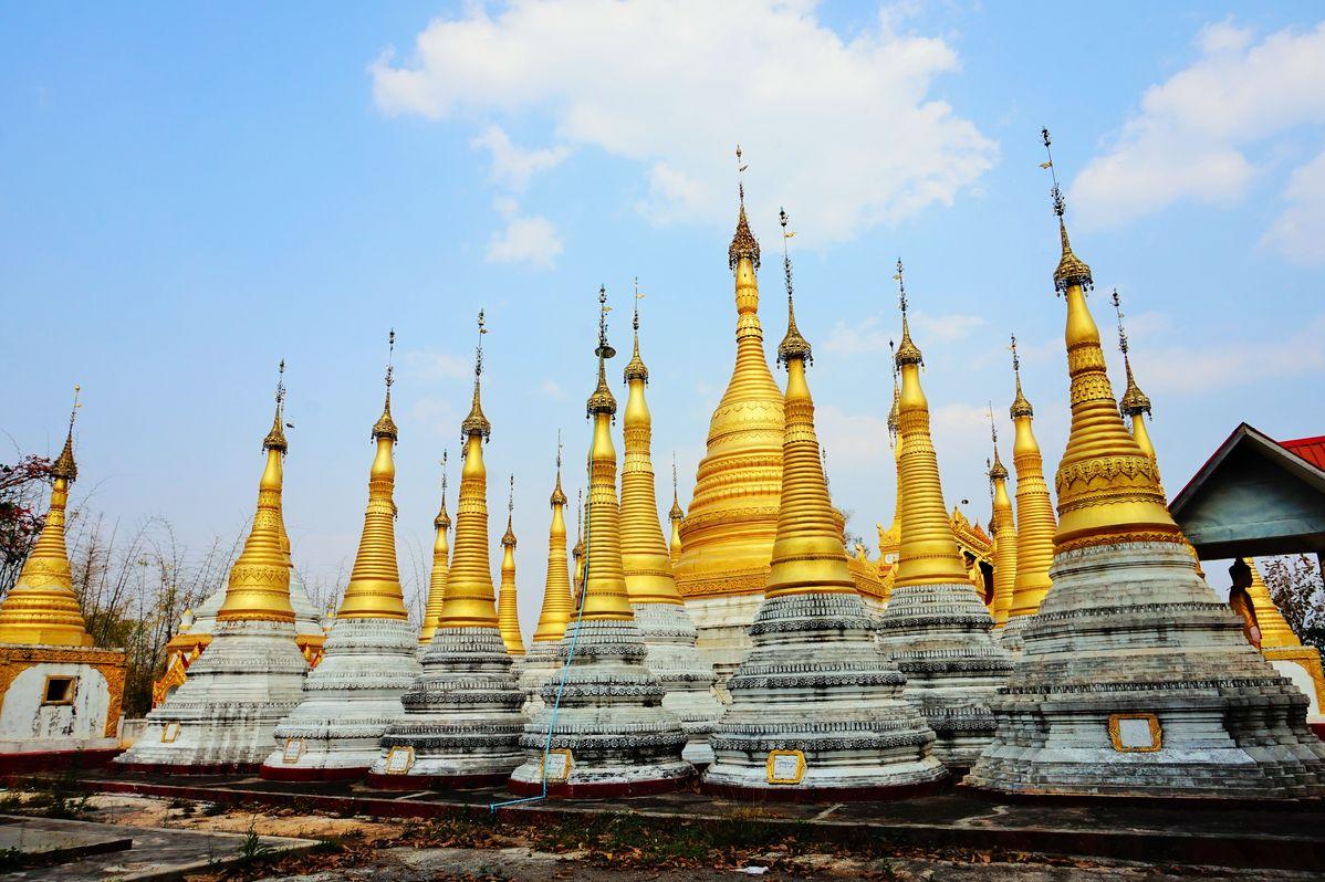 pagodas inle lake