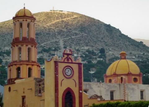 hermosa iglesia del valle sagrado en queretaro
