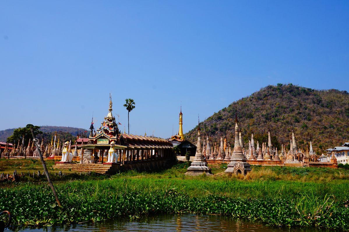 pagodas takhaung mwetaw