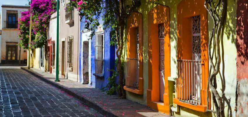 lindas calles coloridas de queretaro