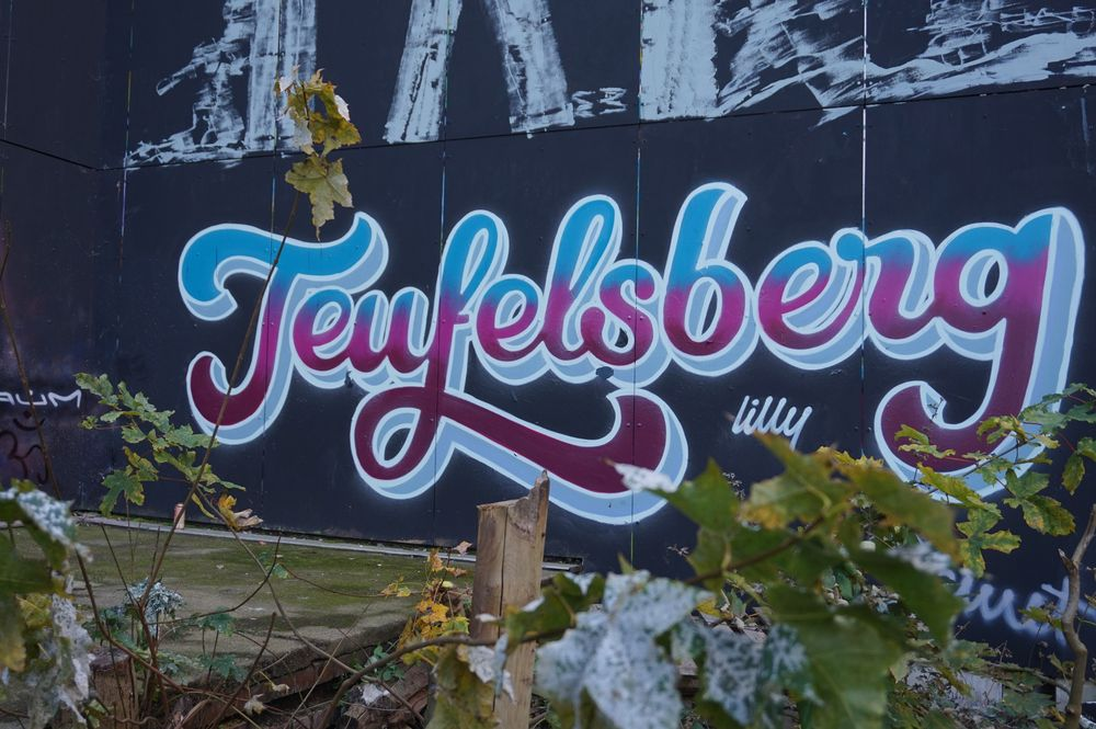 art writing of teufelsberg