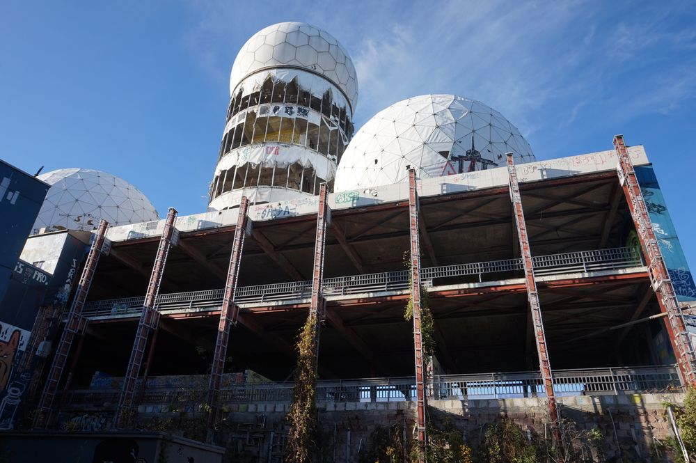 backside view of domes teufelsberg