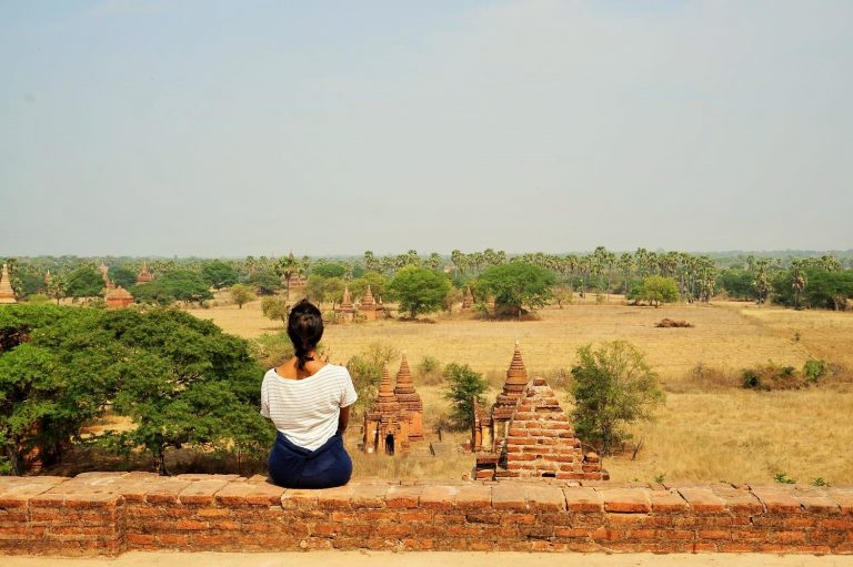 Rocio looking over the Bagan plains