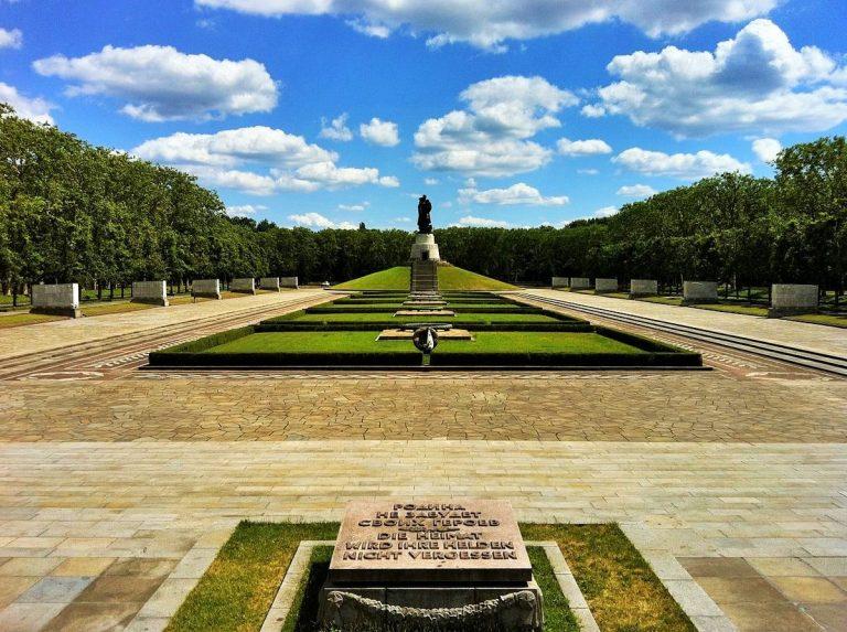 berlin park of treptow