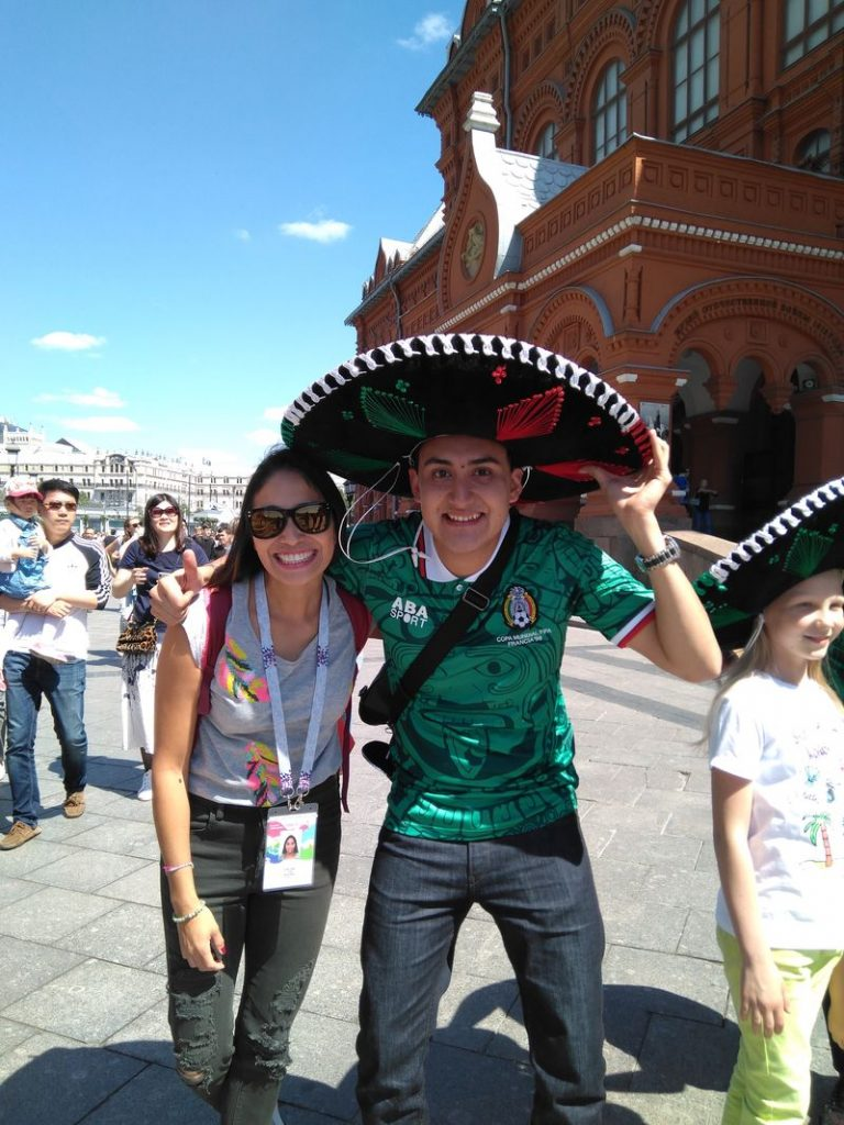 apenoni mexican football fan moscow