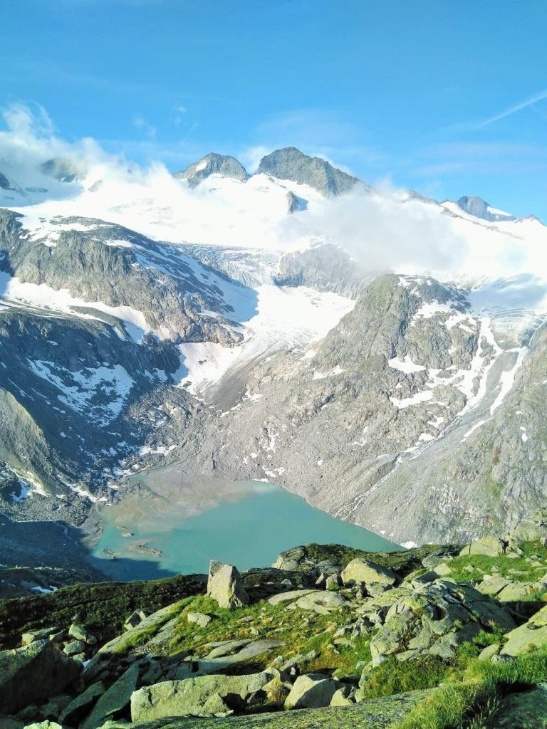 glacier view from kürsinger hütte